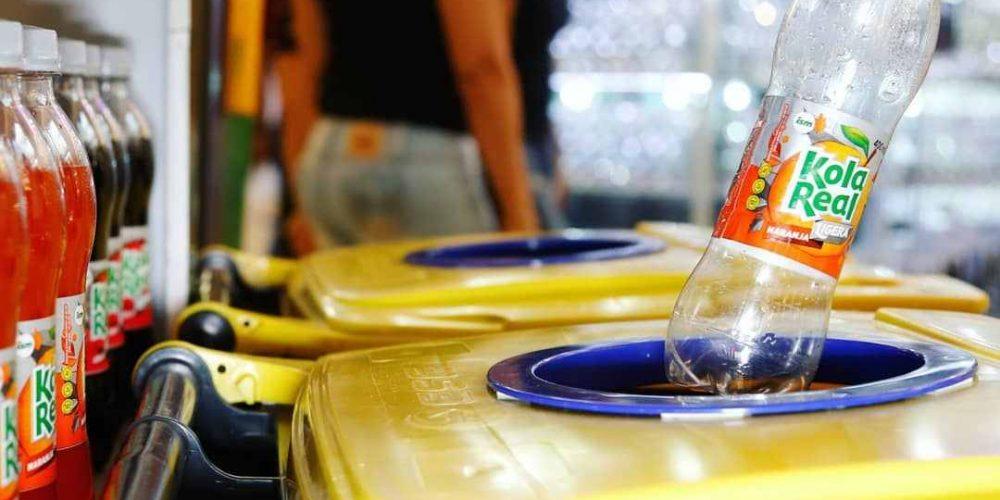 refresco, kola real, bebidas, refrescante, gaseosa, donación, juguetes, diciembre, reciclaje, plasticos